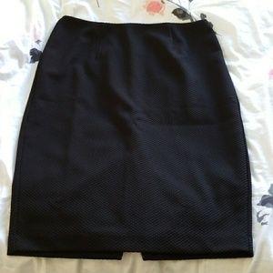 Beautifully textured black pencil skirt